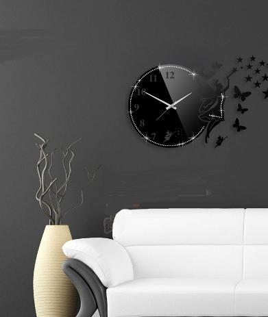 ساعت دیواری فرشته نگینی